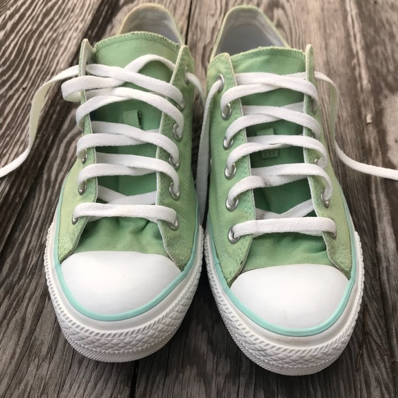 b939d5caf2d4 Converse All Star Chuck Taylors Shoes Green Size 9